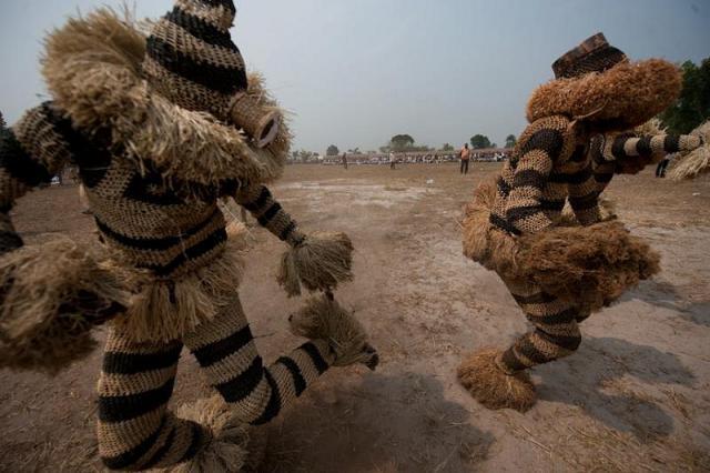 Körutazás Kongóban és  Gungu fesztivál