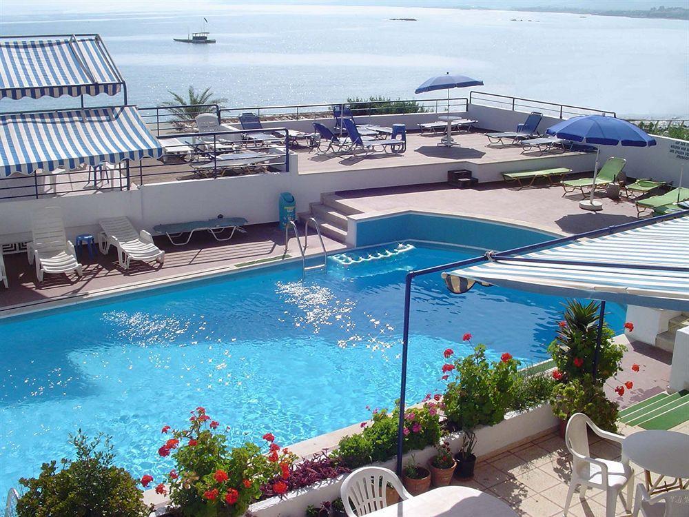 Thisvi Apart Hotel