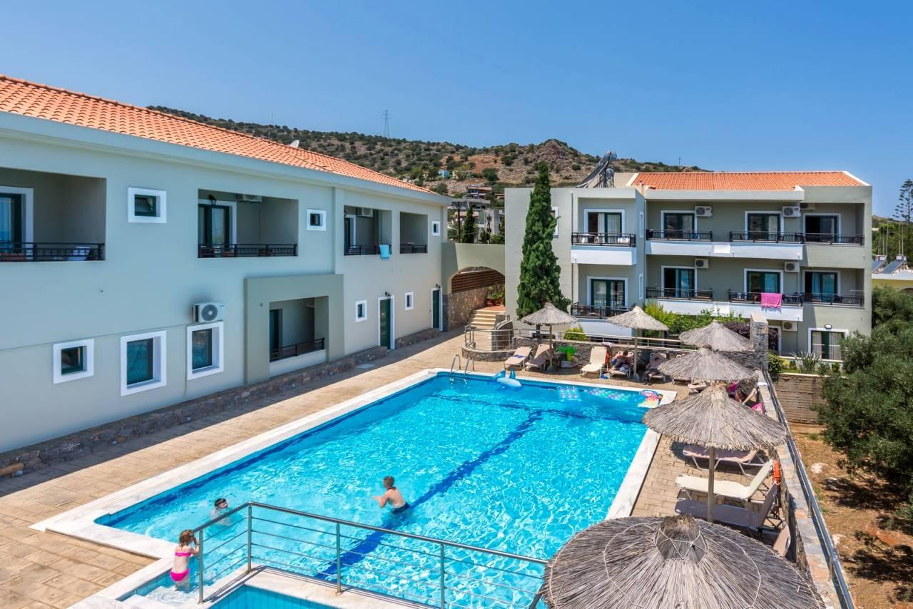 Dias Luxury Studios & Apartments
