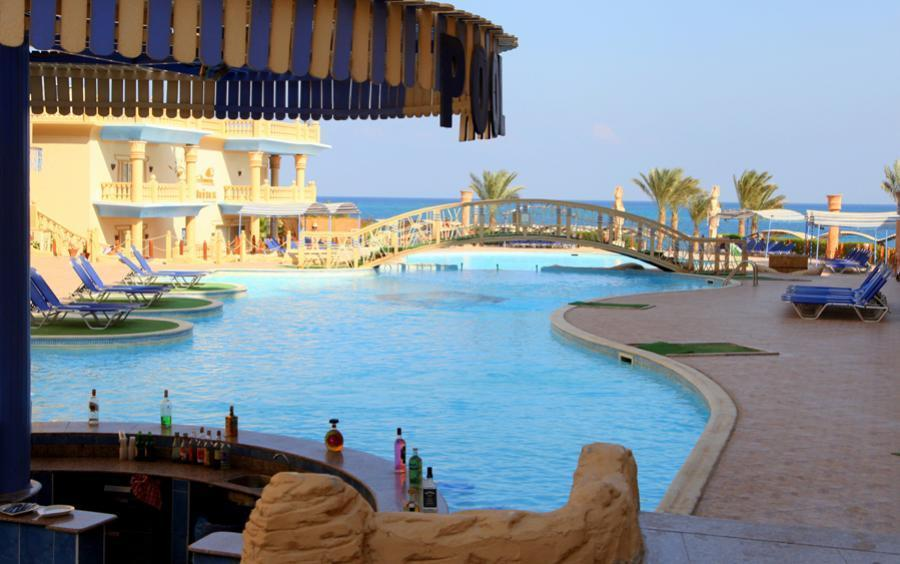 King Tut Aqua Park Beach Resort