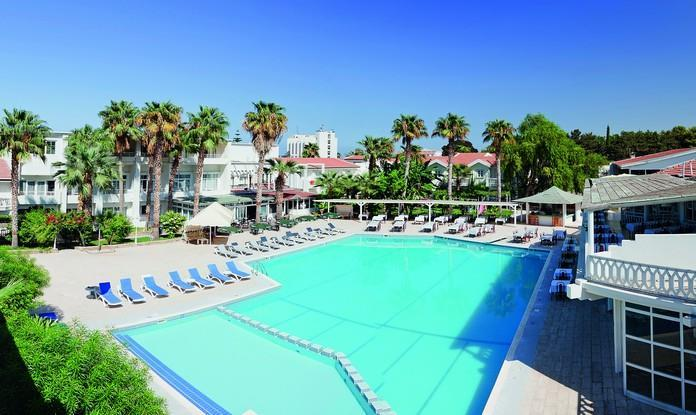 L. A. Beach Resort