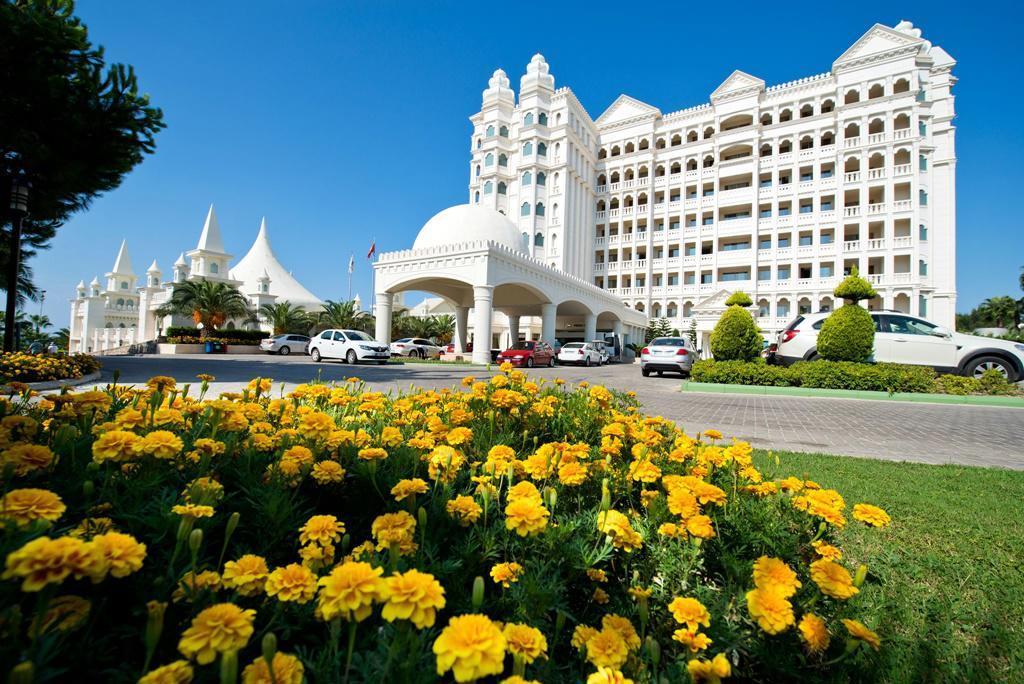 Kamelya World Fulya Hotel & Spa