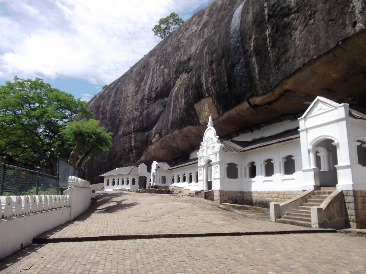 Srí Lanka körút + üdülés Sun Island szigetén