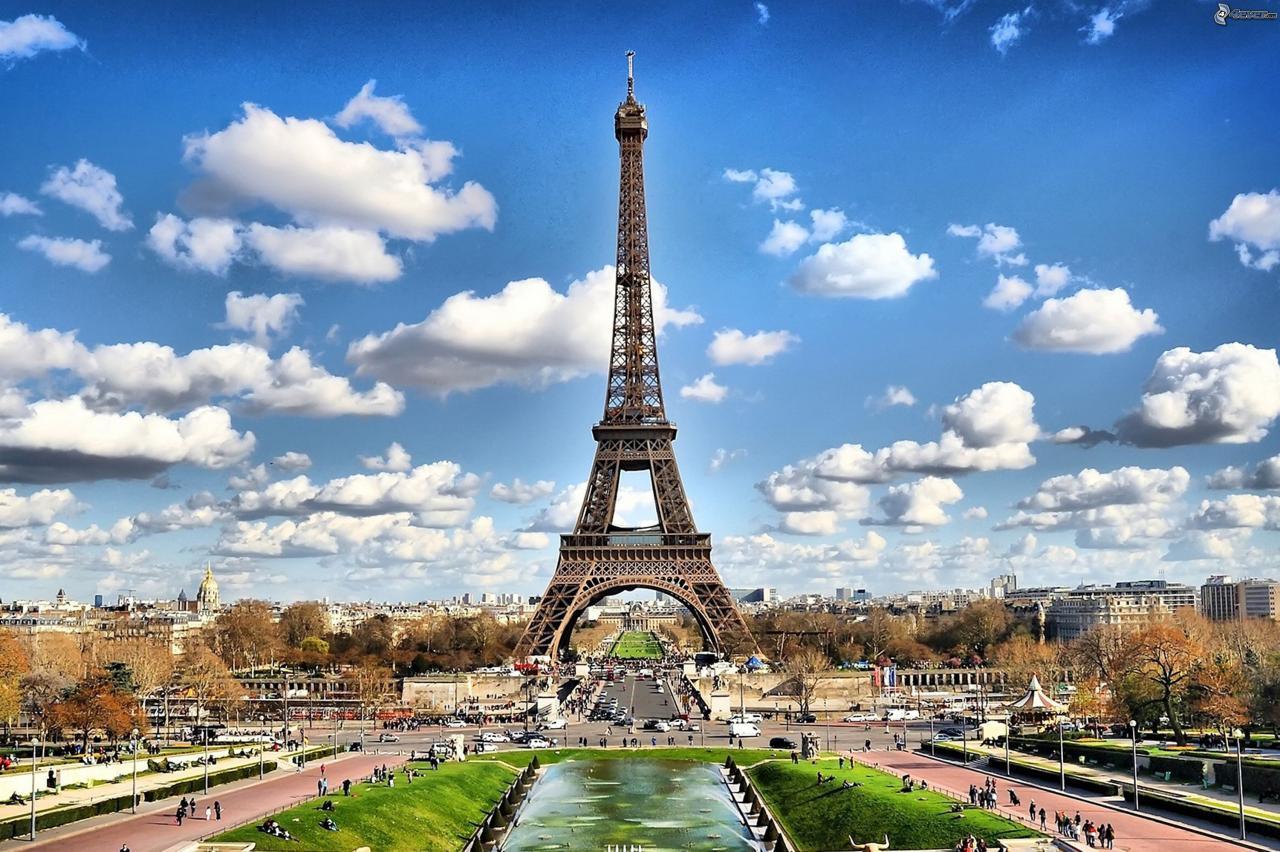 Párizs Március 15.