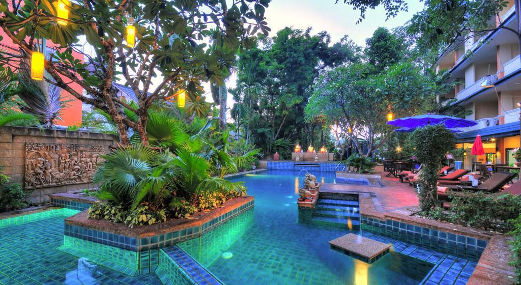 7 éj Pattaya (Citin Garden R.) + 2 éj Bangkok (Bangkok Palace)
