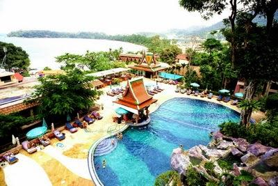8 éj Phuket (Chanalai Garden) + 3 éj Bangkok (Prince Palace)