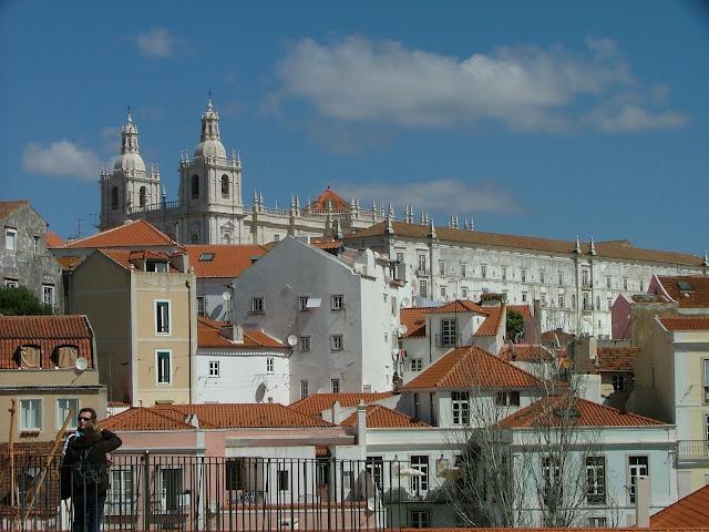Városnézés Lisszabonban Repülővel