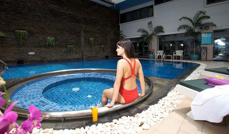 Bangkok 2éj és Phuket 7éj/9éj Hotel Phuket Graceland Resort