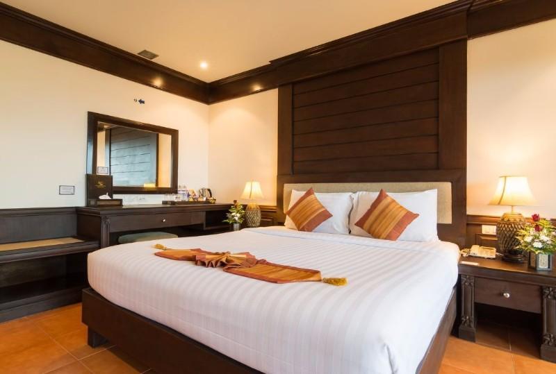 Bangkok 3 éj és 7/9 éj Hotel Beach Terrace Krabi