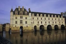 Párizs-Versailles-Loire menti kastélyok/ Disneyland 6 nap,5éj