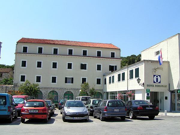 Hotel Borovnik - Tisno