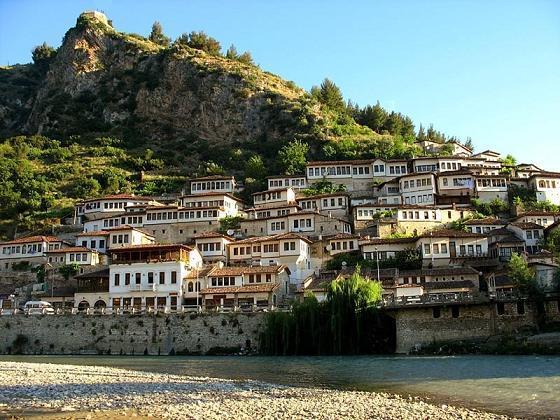 Nagy körút Albániában a