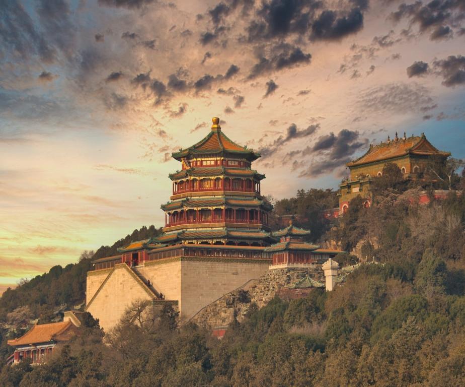 Körutazás szuperexpressz vonattal Kína két lenyűgöző metropolisza között