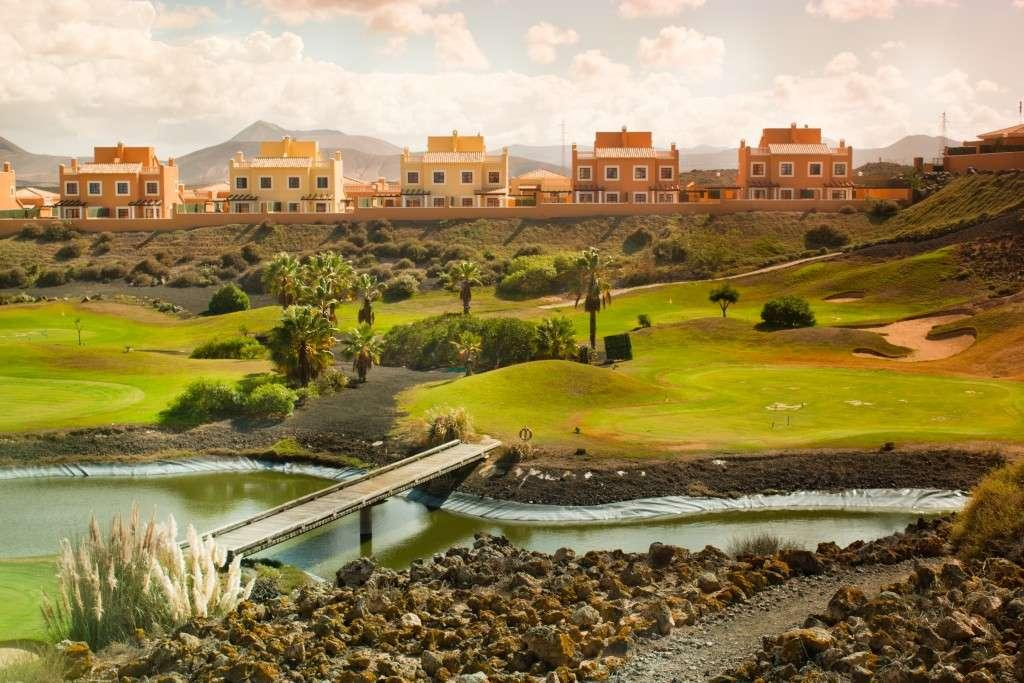 MIRADOR DE LOBOS GOLF RESORT