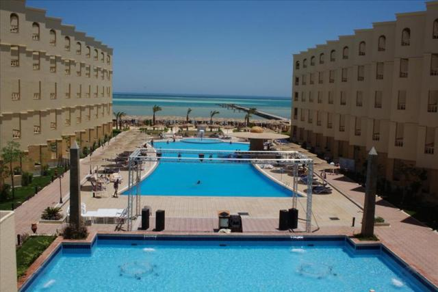 AMC Royal Hotel