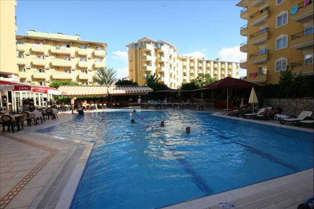 Kleopatra Royal Palm Hotel