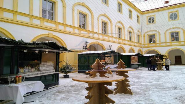 Advent Schloss Hofban + Vásárlás/kóstolás a Kittsee/Hauswirth Csokoládégyár mintaboltjában