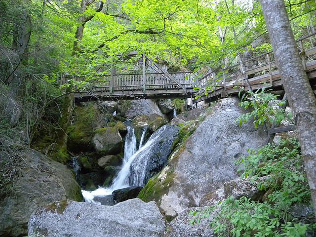 Myrafälle vízesés és a Steinwald kanyon