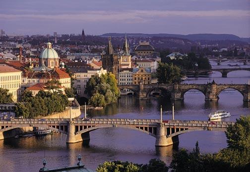 Arany Prága - látogatás a Kozel sörgyárban