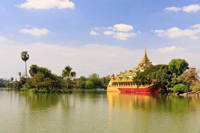 Burma – Yangon és az Arany szikla