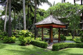 Jayakarta Beach Resort Residence & Spa