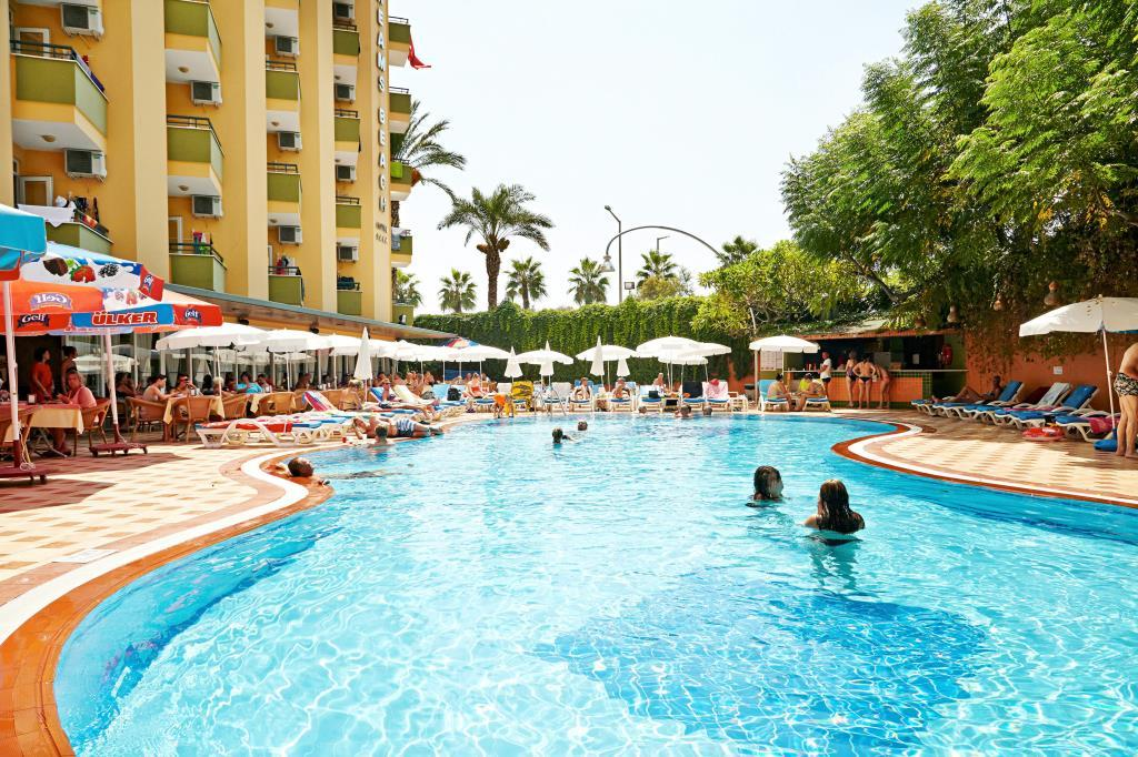 Kleopatra Dreams Beach Hotel