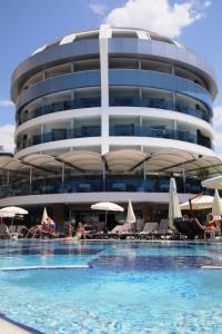 C-Lounge Hotel
