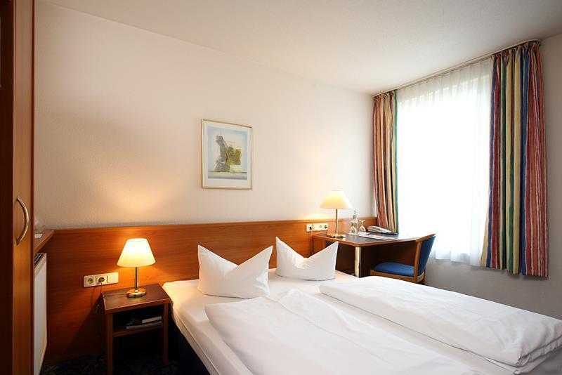 euro travel international achat comfort dresden n metorsz g. Black Bedroom Furniture Sets. Home Design Ideas