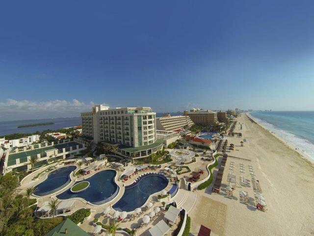 Sandos Cancun Luxury Resort
