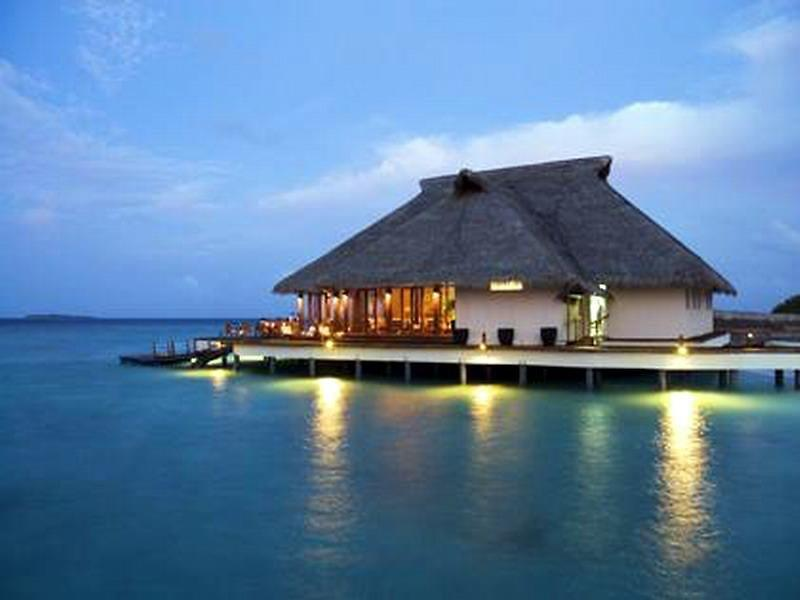 "Adaaran Meedhupparu ""Prestige"", The Water Villas"