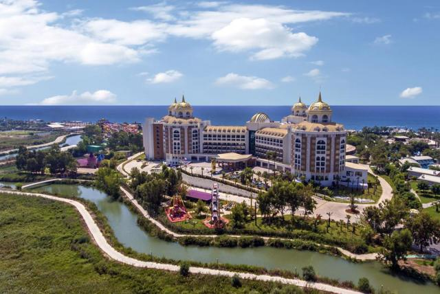 Delphin Be Grand Resort