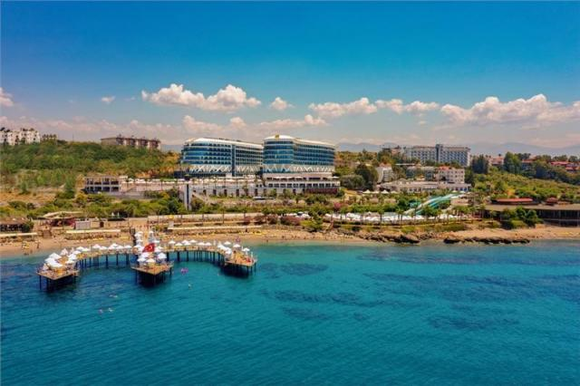 Vikingen Infinity Resort & Spa Hotel