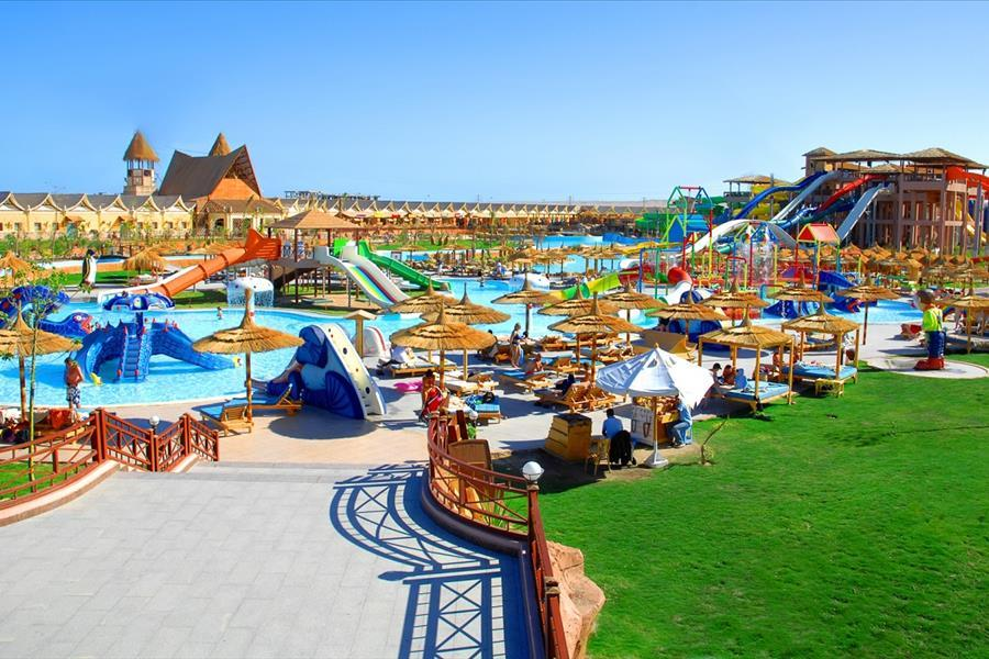Pickalbatros Jungle Aqua Park (Kairó - Hurghada)