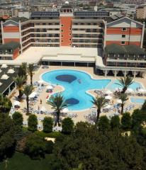 Club Insula Resort and Spa